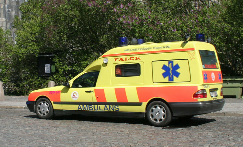1024px-Swedish_ambulance_in_Lund.jpg