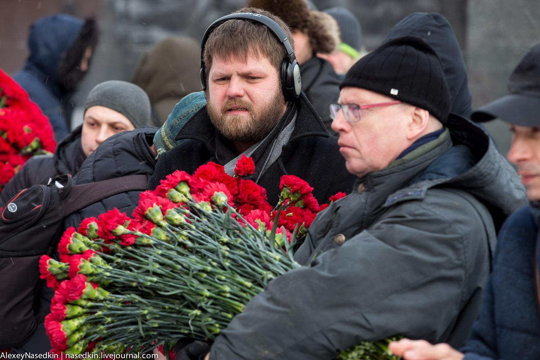 Москва торжественно помянула Сталина (фото) GA8A9921.jpg