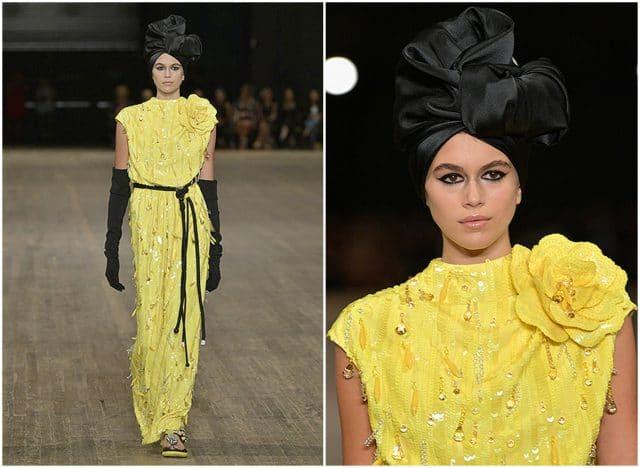 Следующей модной остановкой Кайи был  Лондон , где она участвовала в самом нашумевшем
