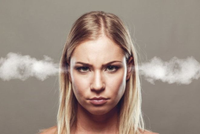 15 причин, почему ваша жена стала такой злой и раздражительной (3 фото)