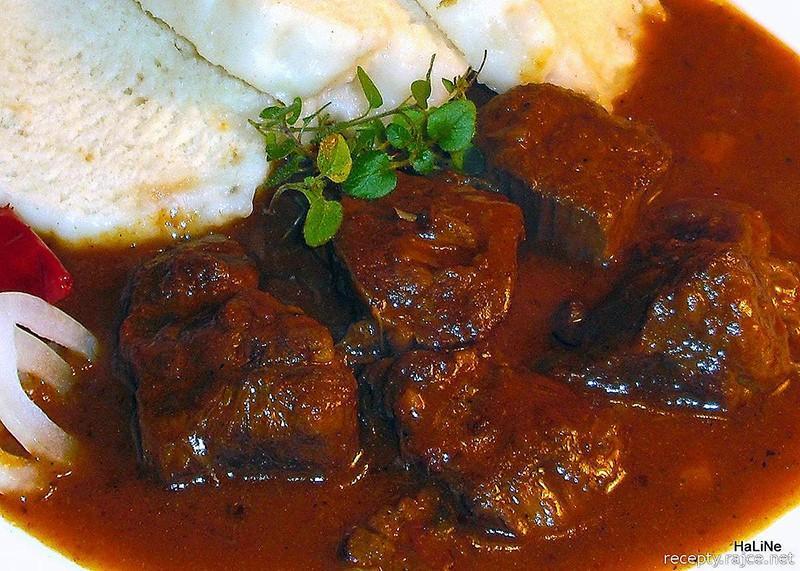 9. Венгрия: гуляш   Гуляш стал национальным блюдом Венгрии в конце 1800-х, когда венгры искали