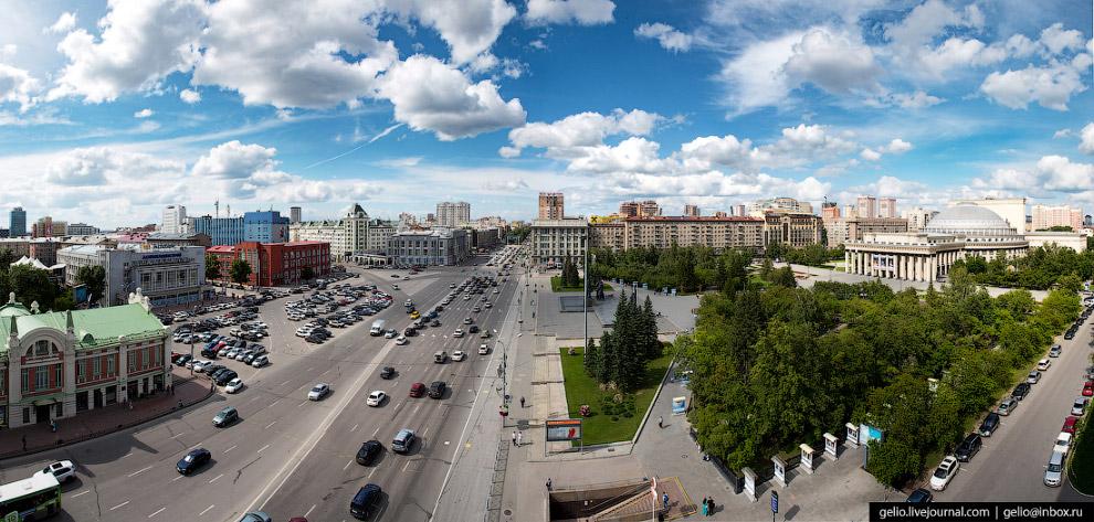 14. Центральная магистраль Новосибирска Красный проспект. На нём расположены здания областного прави