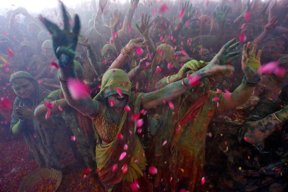 Фестиваль красок Холи 2018