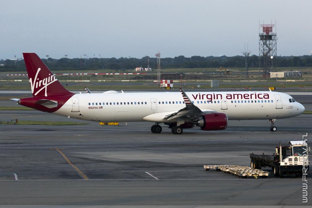 A-321neo_N921VA_Virgin_America_1_JFK_resize (2).jpg