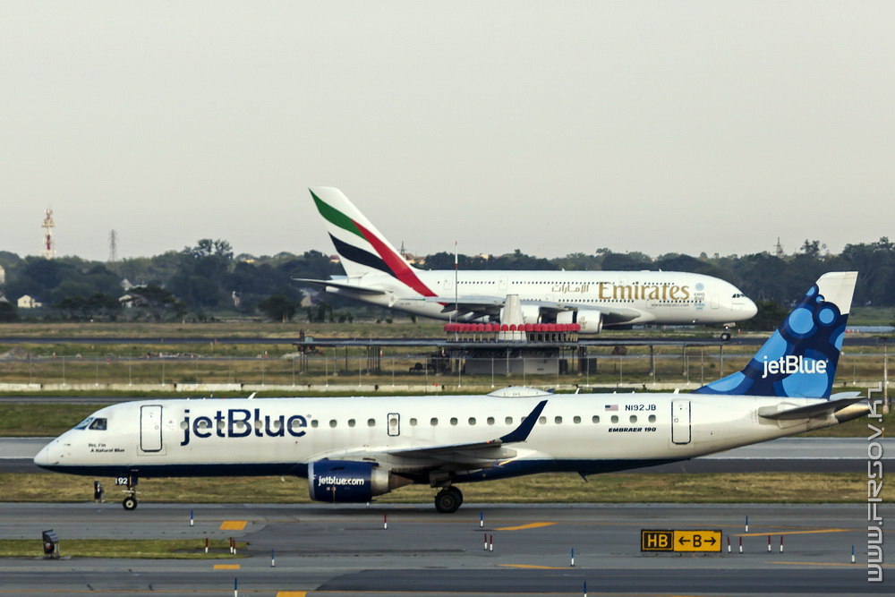 Embraer_ERJ-190_N192JB_JetBlue Airways_1_JFK_resize (2).jpg