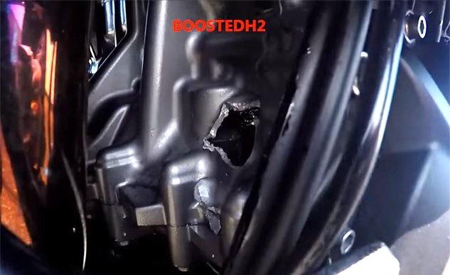 Мотор Kawasaki Ninja H2 взорвался на скорости 300+ км/ч (видео)