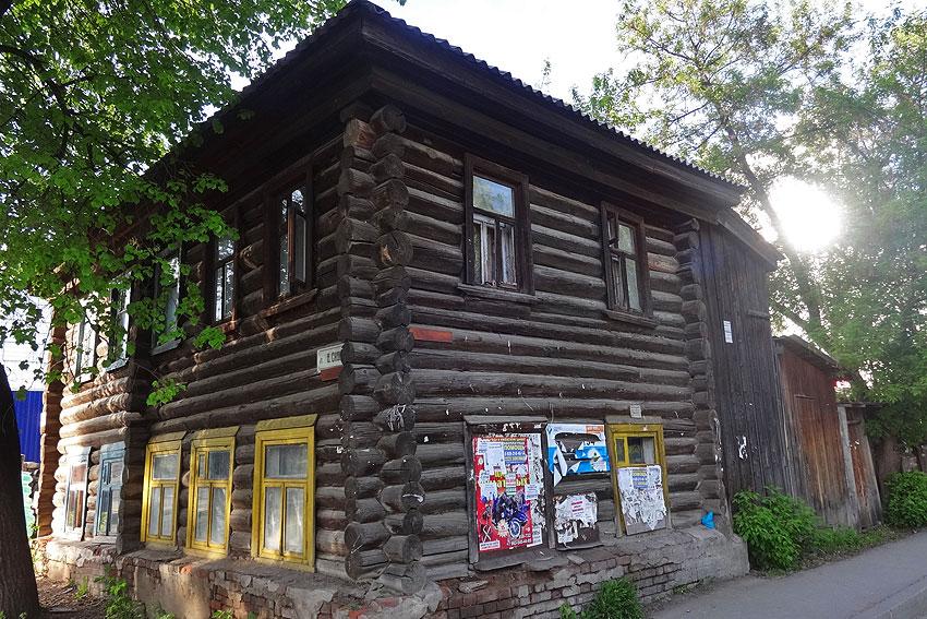izh_old_houses_02.jpg