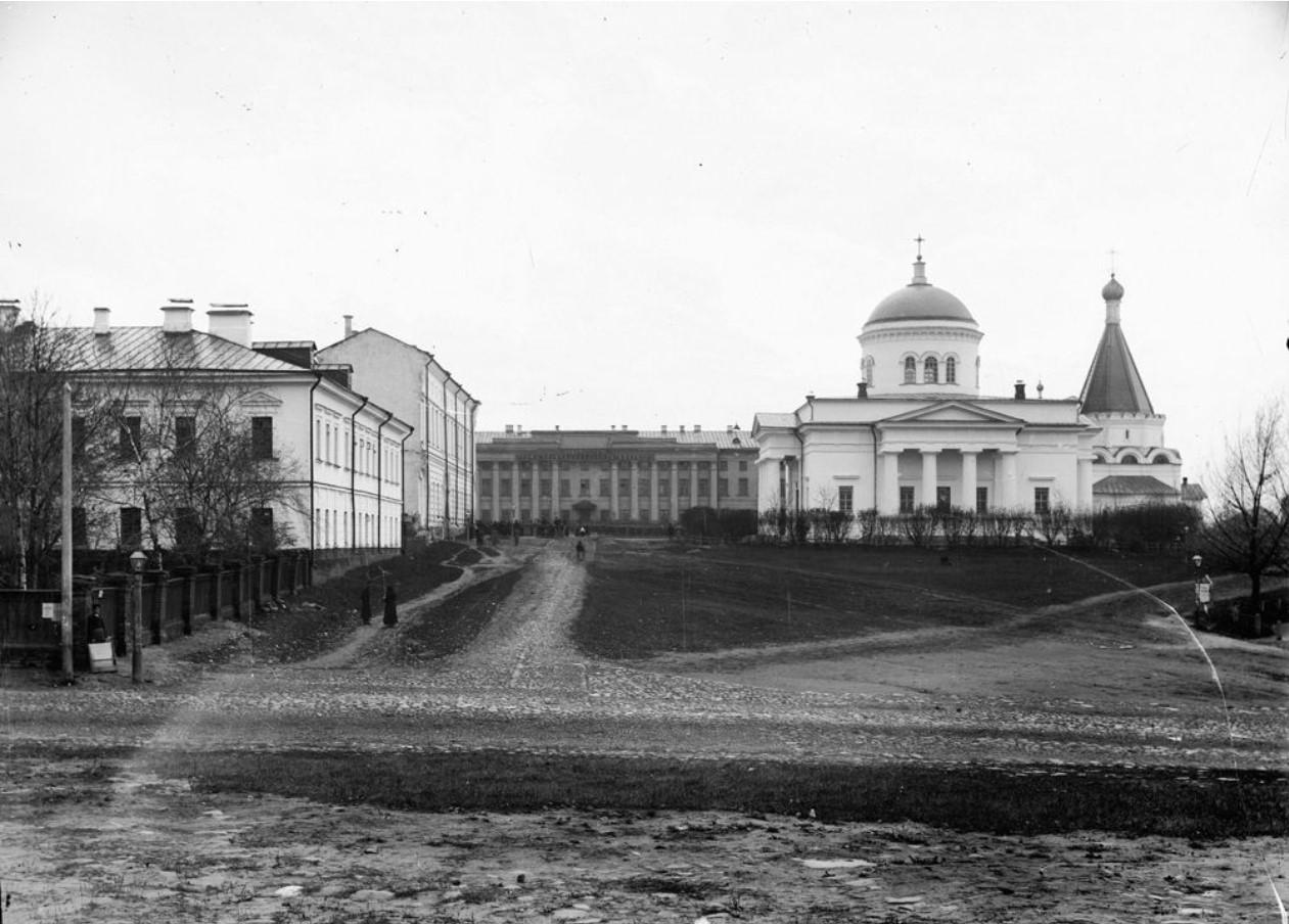Нижегородский кремль. Успенская церковь (кадетская)