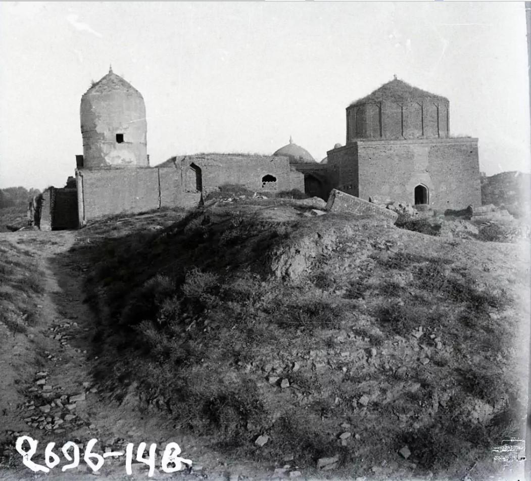 Шруппа верхних мавзолеев ансамбля Шахи-Зинда