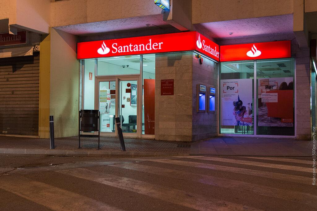 Банк Santander в Сан-Антонио на Ибице