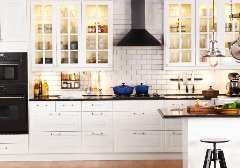 Белый цвет в интерьере кухни, фото 11