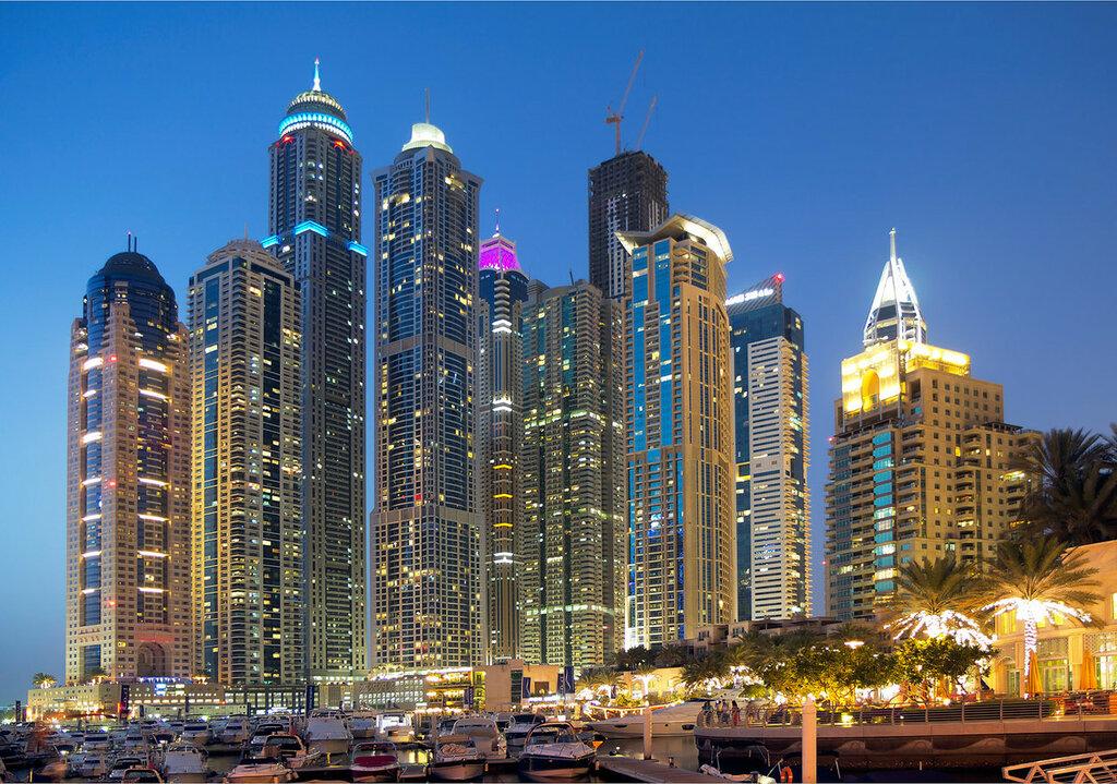 UAE  Noite em Dubai.