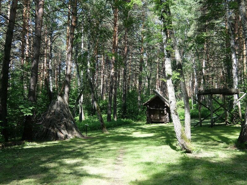 Томская писаница - Шорская усадьба - Задний двор
