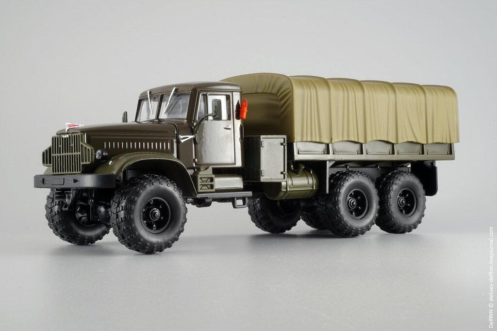 КрАЗ-255Б-02.jpg