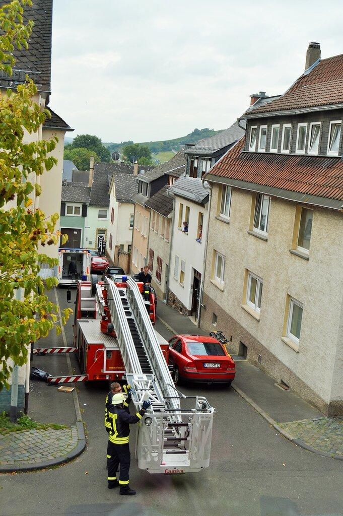 Как работают немецкие пожарные совместно со скорой помощью