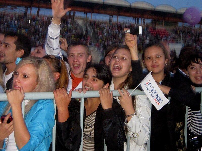 Юрий Шатунов поздравил Саратов с Днем города.