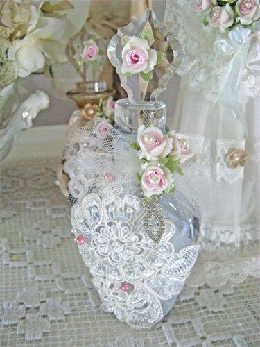 Бутылки в винтажном стиле