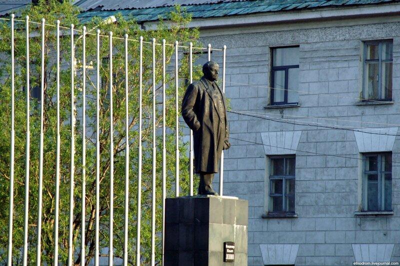 Ленин (площадь Мира)