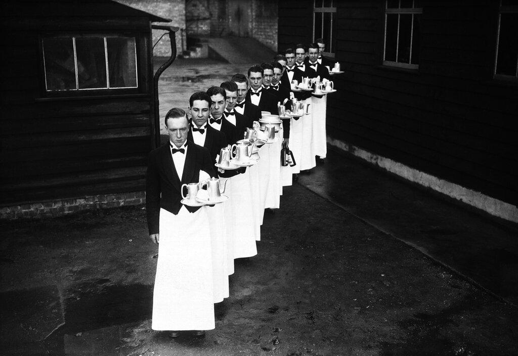 Фотографии из архива BBC