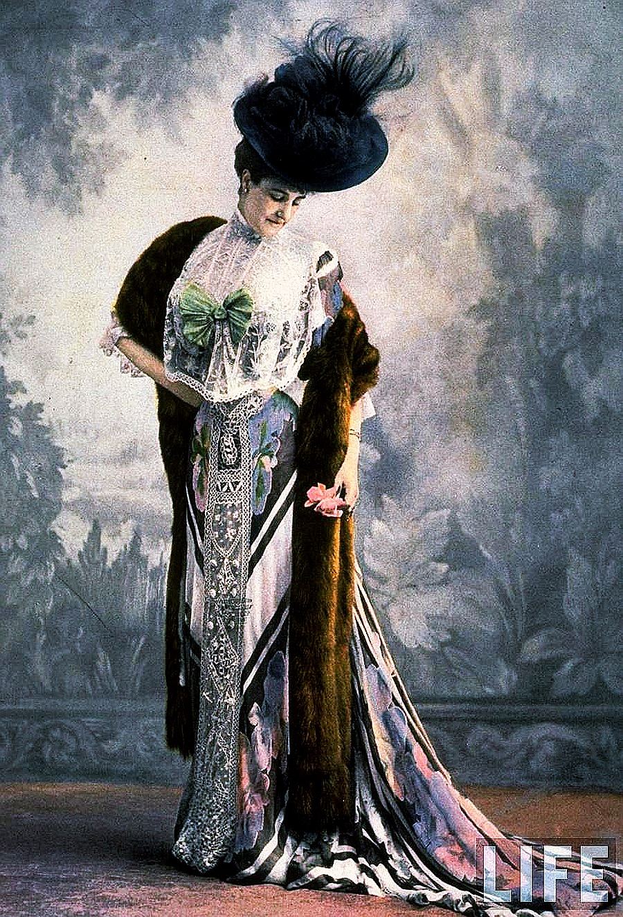 Early 1900 french fashion History of Fashion Victoria and Albert Museum