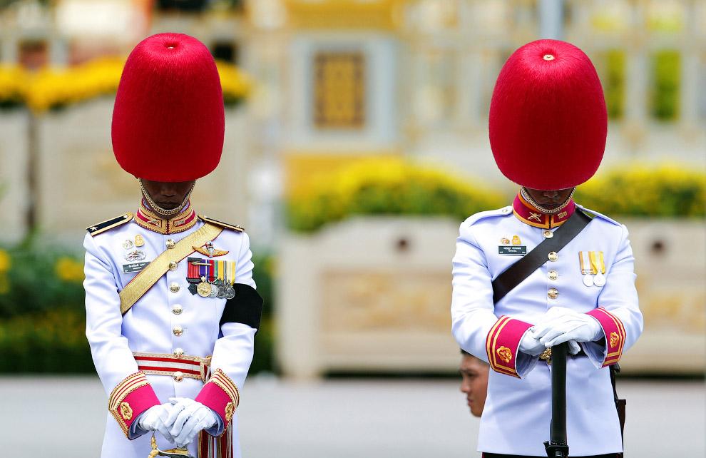 26. Королевский крематорий возле Большого дворца в Бангкоке, 26 октября 2017. (Фото Athit Perawongme