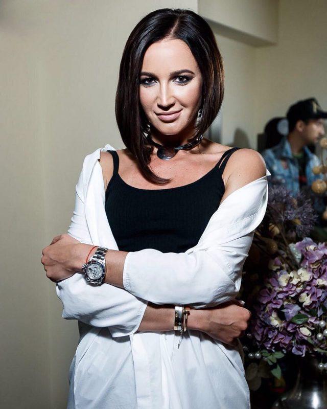 «Крид должен мечтать о дуэте со мной» Ольга Бузова рассказала с кем хочет спеть и представила новую песню! (2 фото)