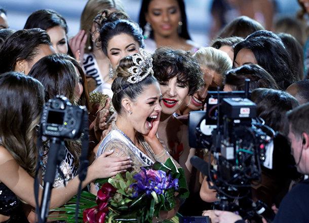 Как девушка рассказала вскоре после победы, титул Мисс Вселенной поможет ей скорее добиться