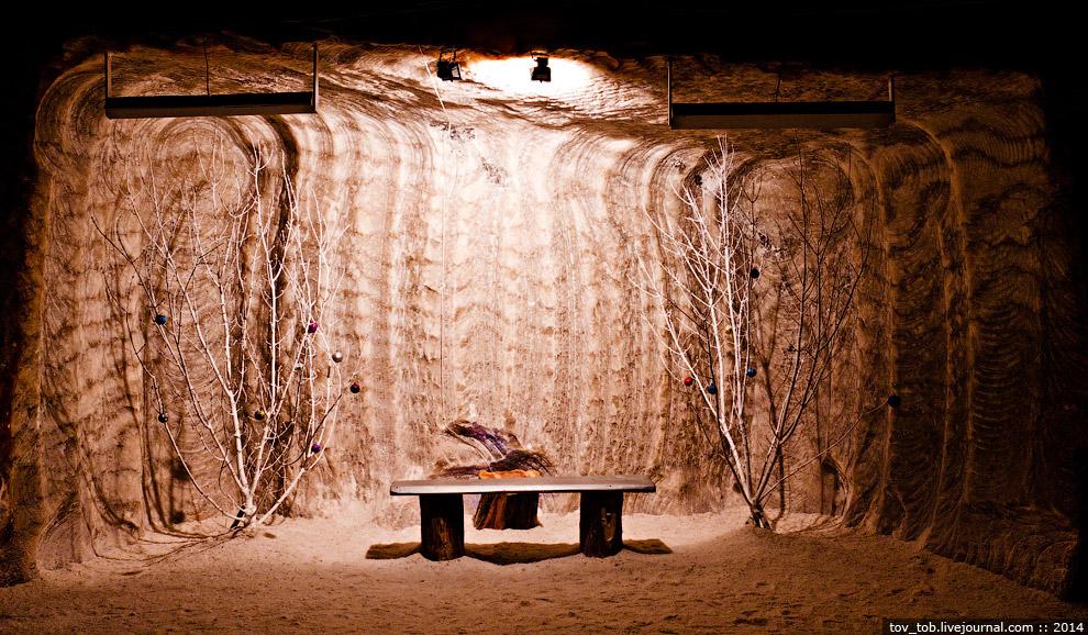 19. Выработки, находящиеся в массиве каменной соли, абсолютно сухие. Вода — главная беда соляного ме