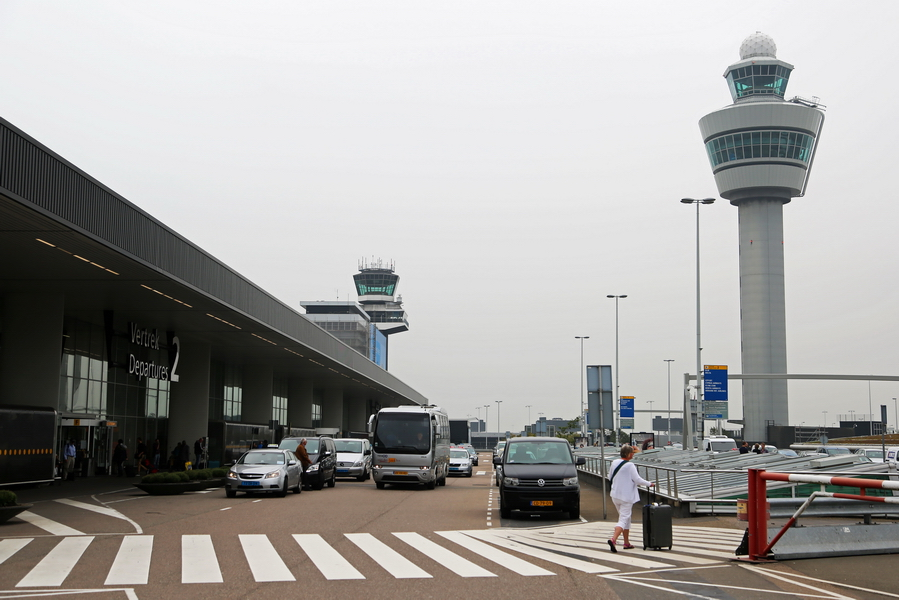 Schiphol45_zps3a6aed10.JPG