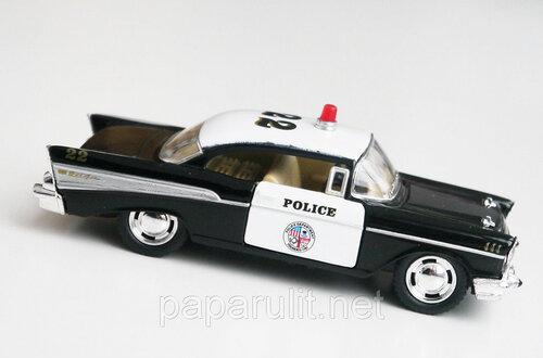 Машинка Kinsmart Chevrolet Bel Air Police 1957
