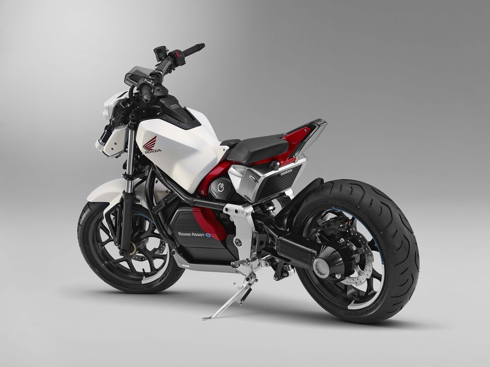 Концепт Honda Riding Assist-e представят в Токио