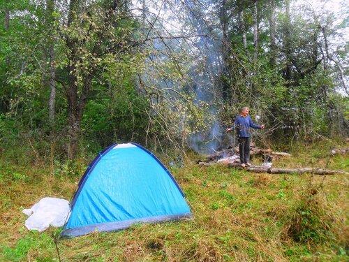 В походных условиях, с палаткой ... SAM_4117.JPG