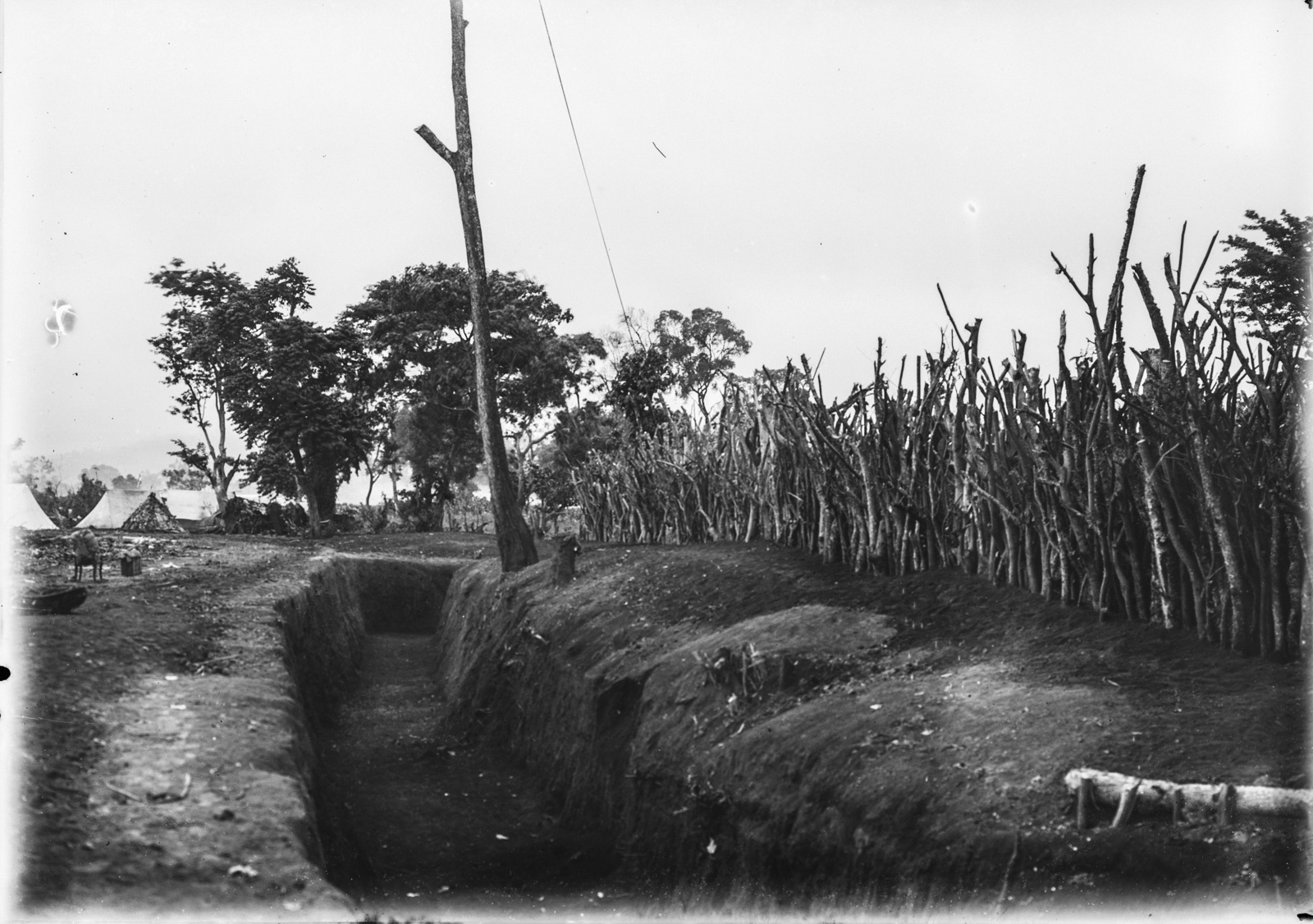 174. Траншея в Бома ла Нгомбе