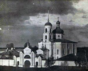 Троицкая церковь монастыря