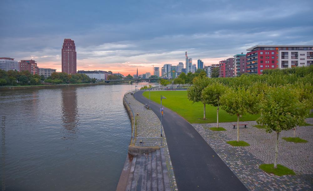 Frankfurt-(56).jpg