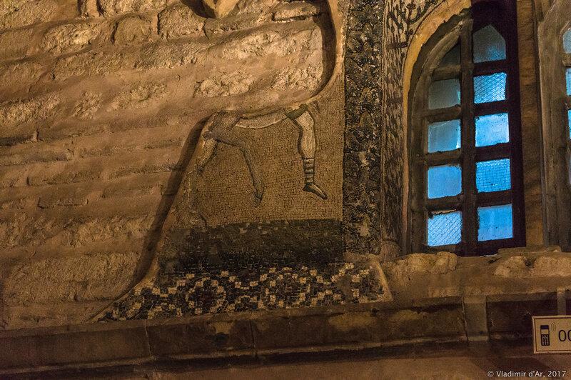 Бегство в Египет. Мозаики и фрески монастыря Хора. Церковь Христа Спасителя в Полях.