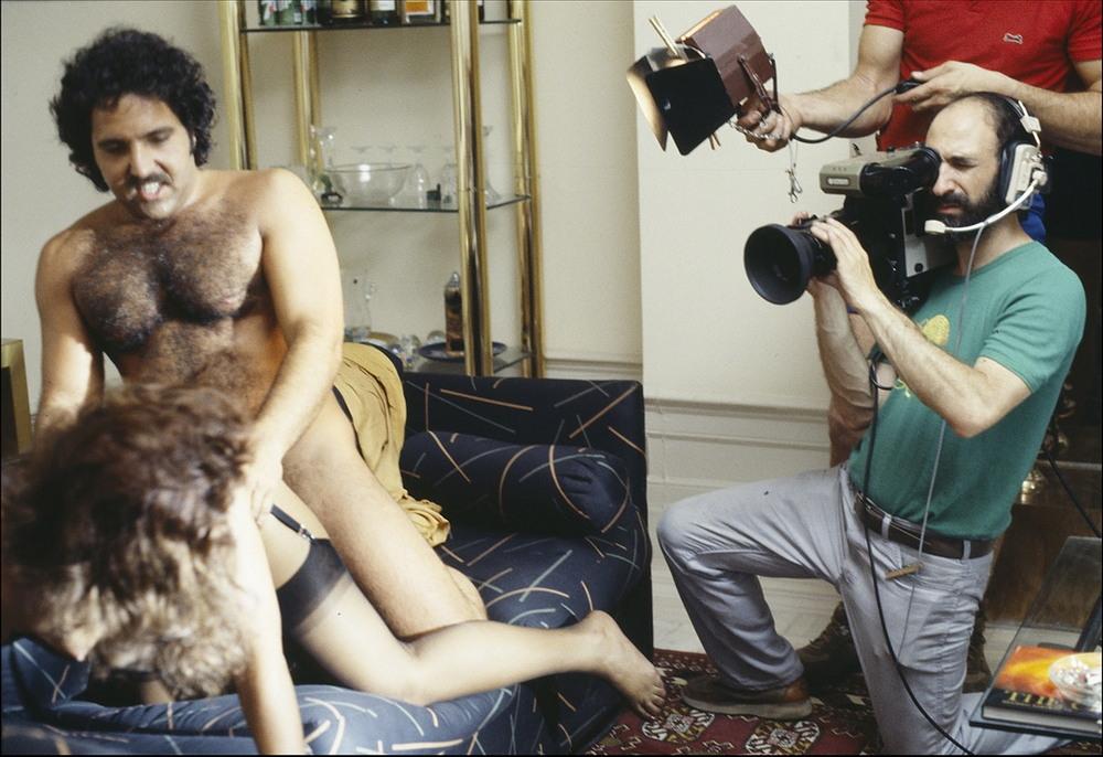 Женщина-фотограф рассказала о работе на съемках порно
