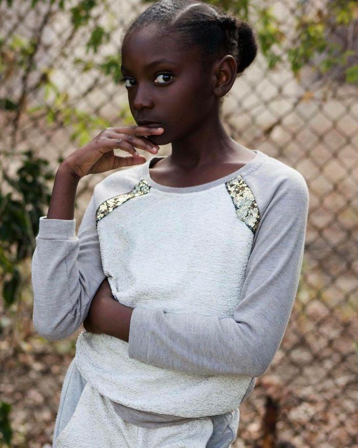 «Неважно, насколько ты темный или светлый, — просто знай, что это красиво и от цвета кожи твоя красо