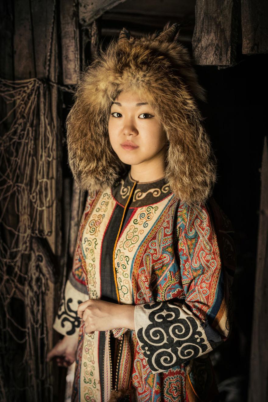 Впечатляющие детальные портреты коренных жителей Сибири