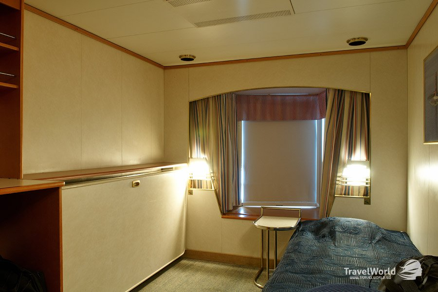 «Класс А»  — каюта с видом на море. 11 кв. метров, 2 кровати, санузел, кондиционер.