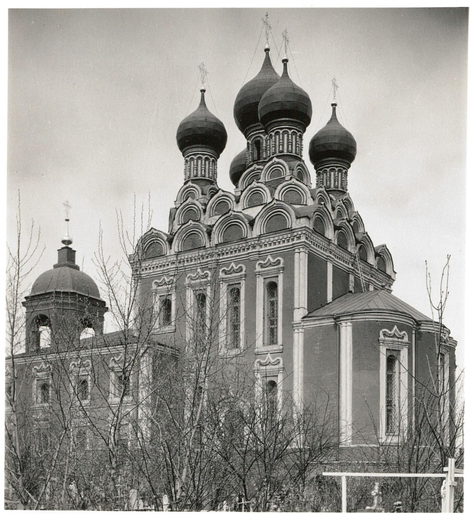 Никольская церковь в Алексеевском