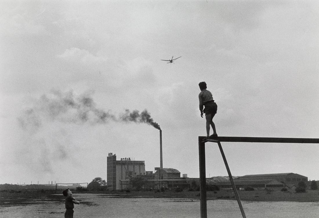 1957. Л'Иль-Сен-Дени, к северу от Парижа
