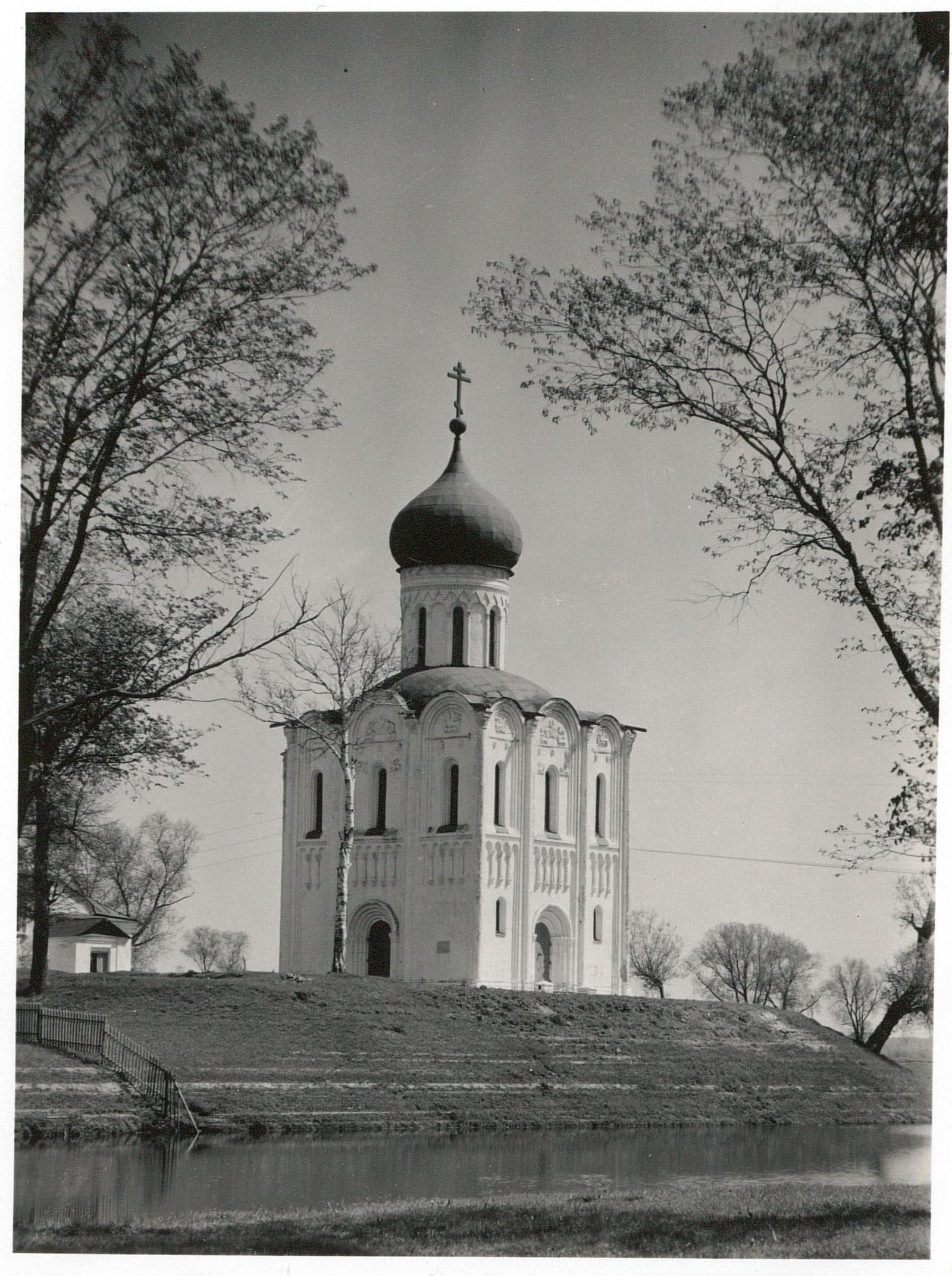 Владимир. Церковь Покрова на Нерли