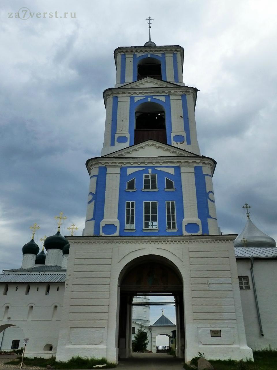 Колокольня Никитского монастыря