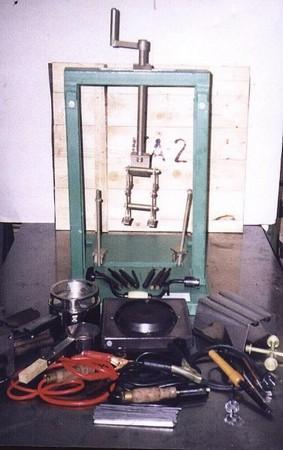 Комплект оборудования для ремонта аккумуляторных батарей КА-4