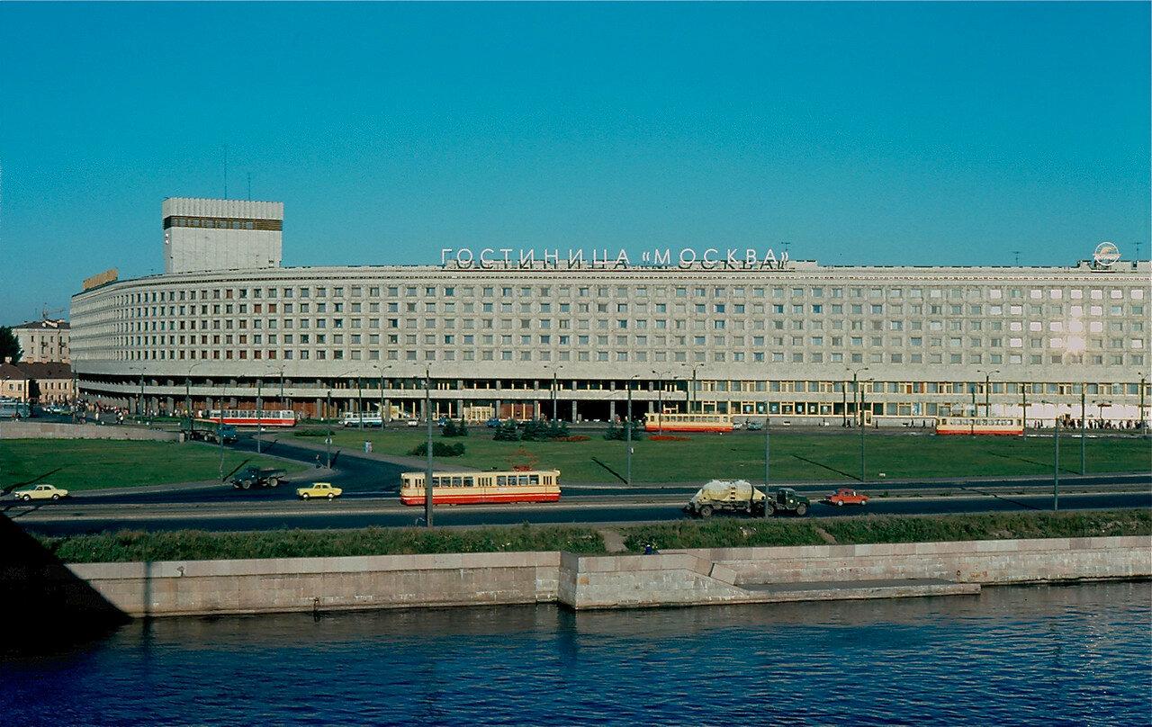 30. Гостиница Москва в Ленинграде