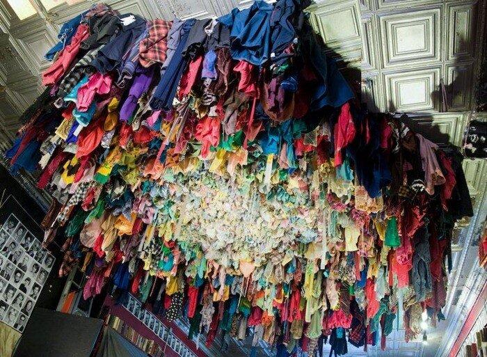скульптуры из одежды