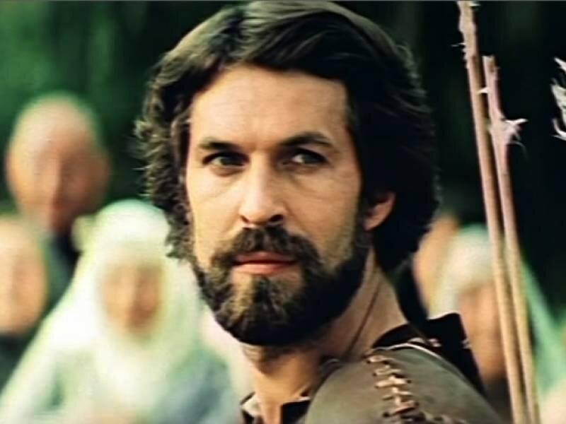 актеры фильма стрелы робин гуда плед спиральных цветочков