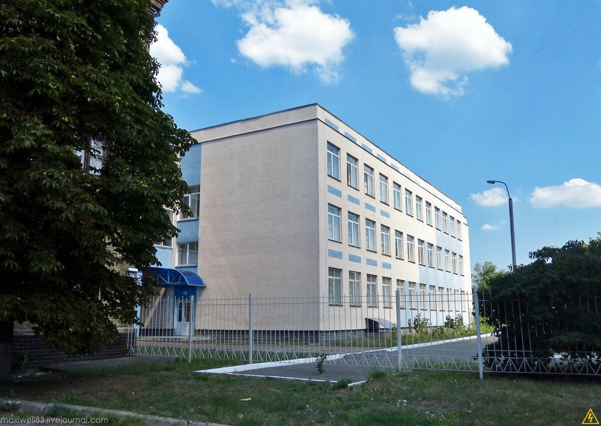 Закинута школа в Биківні або Три школи в одній-2