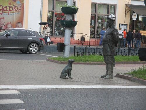 Городовой с собакой